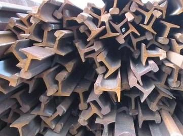 Популярность кованного железа и утиль старых железок.