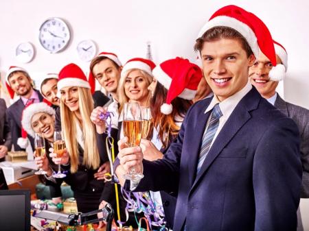 Как присутствие начальства на корпоративе может изменить настроение праздника?